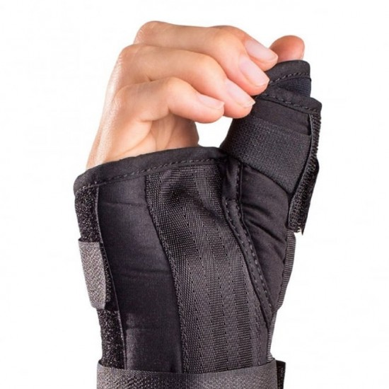 AirCast A2 Wrist Brace with Thumb Spica